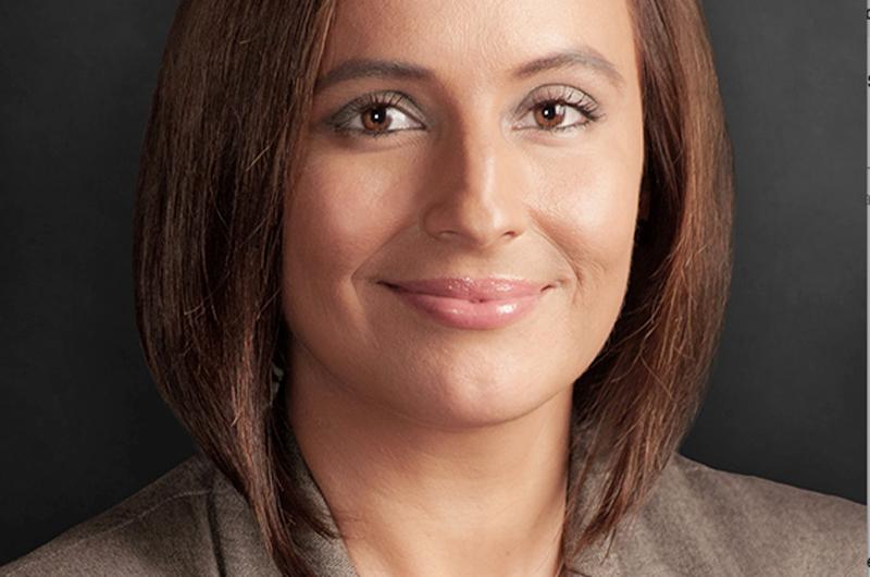 Seleccionan a abogada Marisa Rodríguez alumna del año en Facultad de Derecho