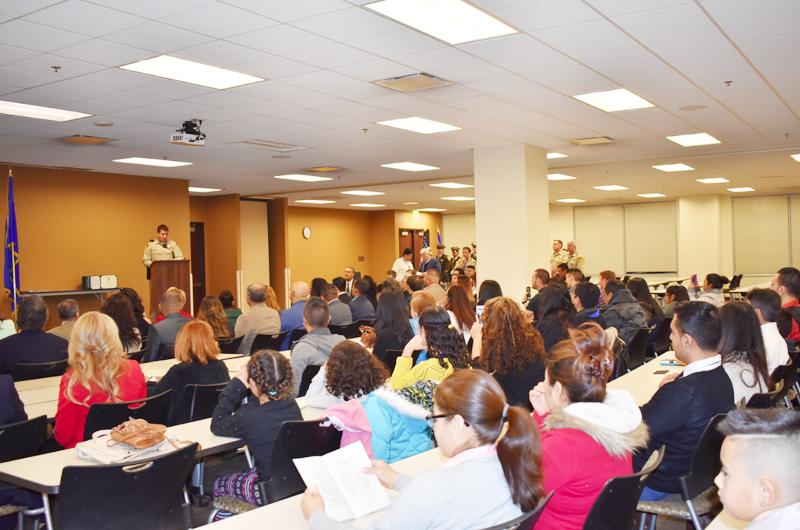 Academia Civil Hispana en Biblioteca East Las Vegas