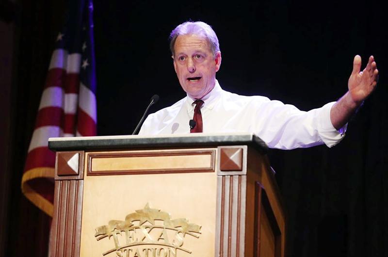 """Alcalde John Lee en informe de trabajo: """"Construimos un nuevo NLV"""""""