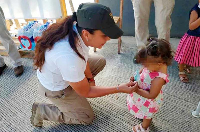 En frontera de Sonora autoridades apoyan a menores migrantes