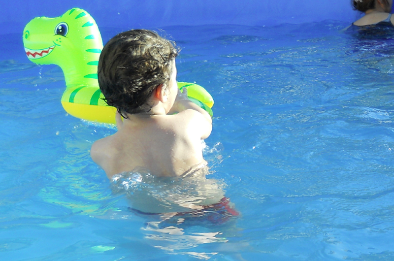 En tiempo de calor todo cuidado es poco en las albercas para evitar ahogamientos
