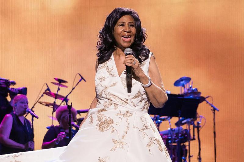 Celebridades lamentan la muerte de Aretha Franklin