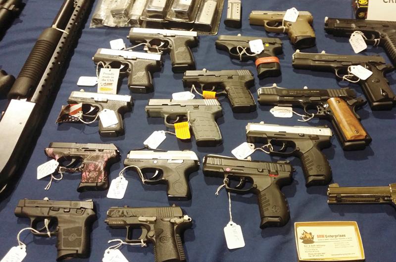 Hay más de mil millones de armas... LV atractiva para exposiciones
