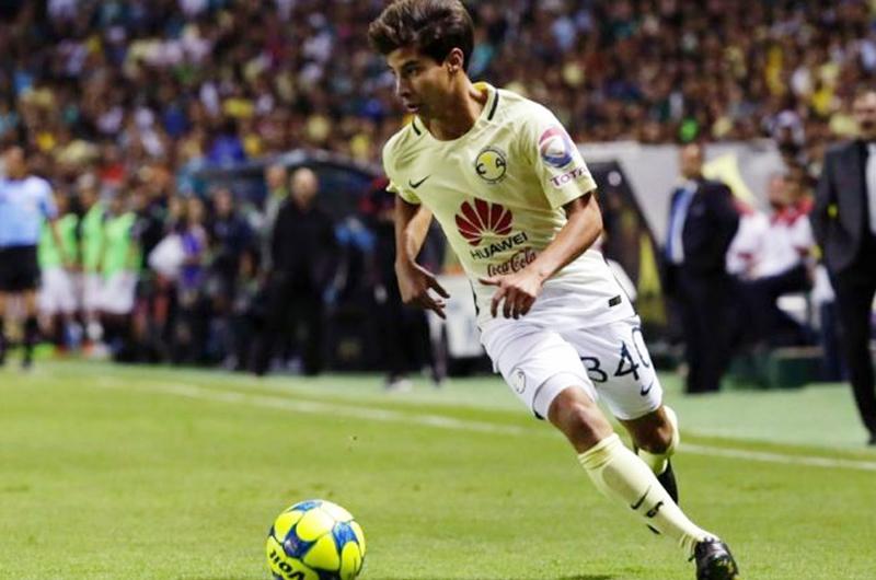 Santiago Baños: Si Lainez sale de América, buscaremos un jugador similar