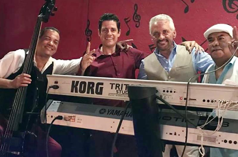 Sobre el escenario Trío D'3, de la mano de un pianista inquieto