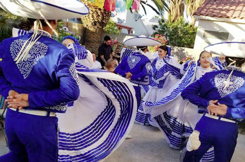 Al doblar la esquina Mexifest Folklórico Las Vegas 2018