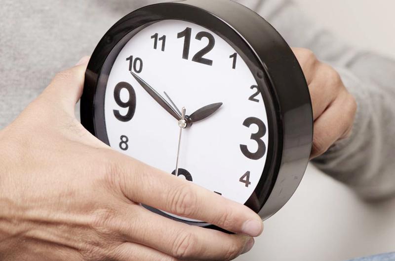 Este domingo 10 cambia la hora... Adelante su reloj