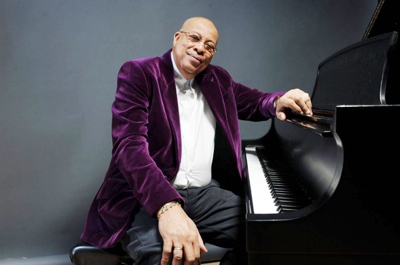 Chucho Valdés ofrece concierto memorable