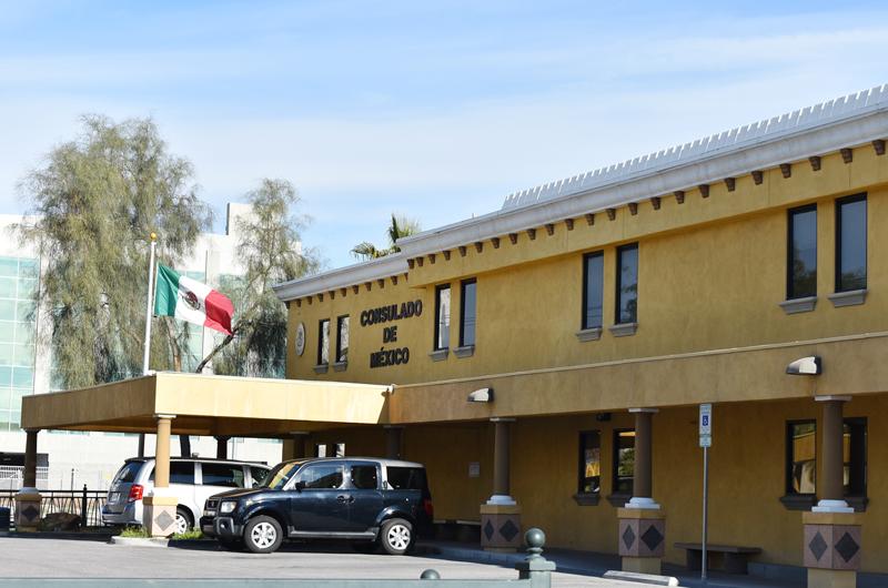 Siguen protocolo en el Consulado de México... reprograman citas