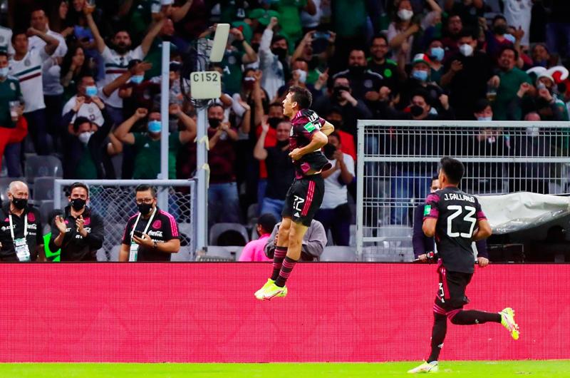 México golea a Honduras y retoma el liderato de la eliminatoria Concacaf