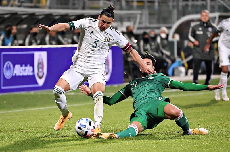 2-2. Lainez evita la derrota de México