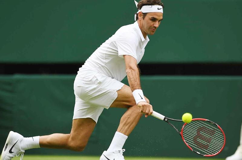 Federer inicia con éxito su búsqueda de noveno título de Wimbledon