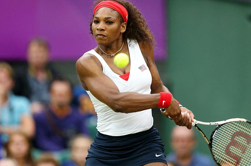 Serena Williams arrolla y llega a semifinales del Abierto de EUA