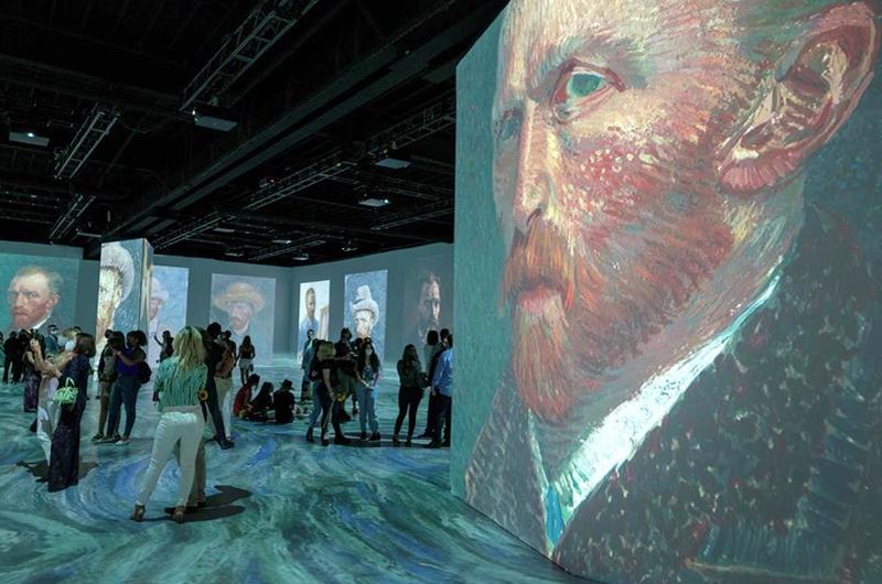 Una exposición en Miami invita a  una inmersión total en Van Gogh