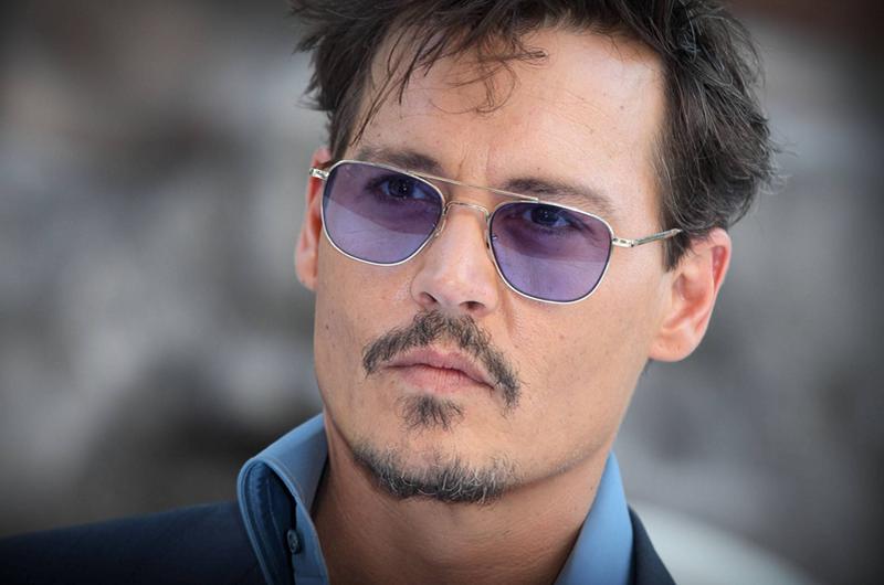 Johnny Depp llega a acuerdo legal con exabogado