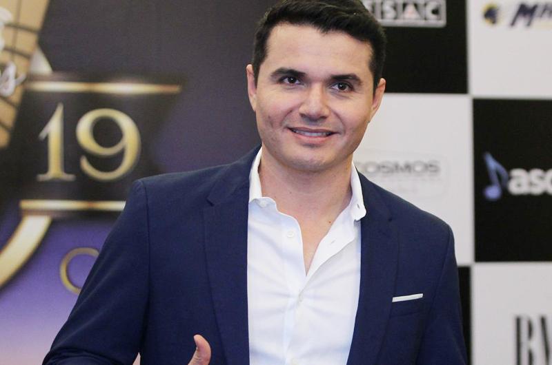 """Horacio Palencia niega haber robado """"Mi razón de ser"""""""