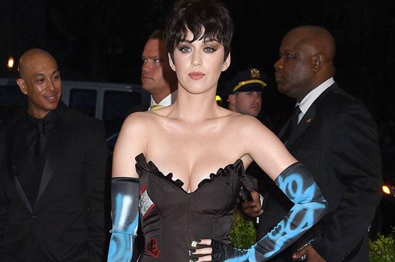 """Katy Perry pierde demanda por plagio de """"Dark horse"""""""