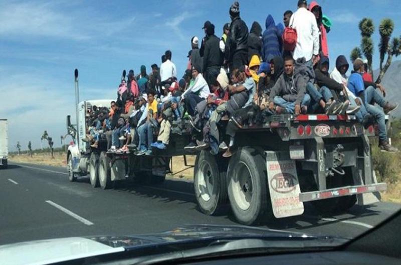 Apoyan estados del norte a caravana migrante en su paso hacia EU
