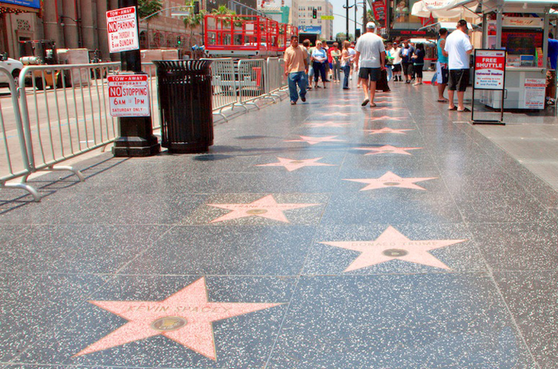Tendrá del Toro estrella en el Paseo de la Fama de Hollywood