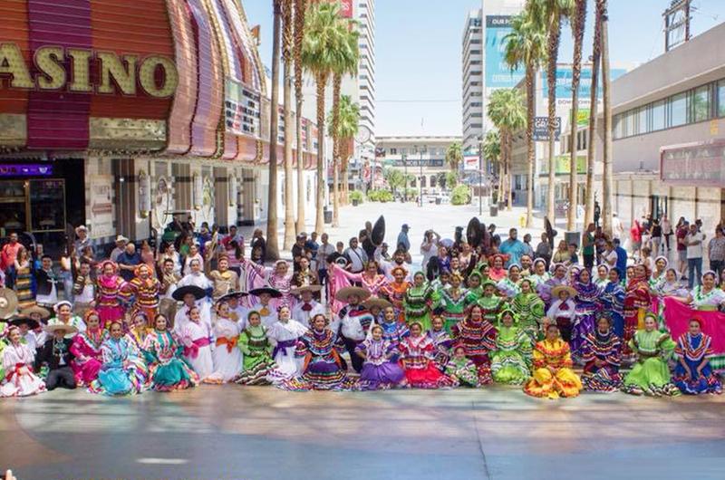 Fiesta de las raíces, de la música y el baile... Folkloreada