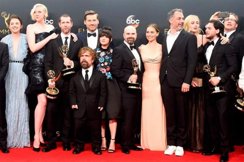 """""""Game of Thrones"""" se alzó con el máximo galardón en los Emmy"""