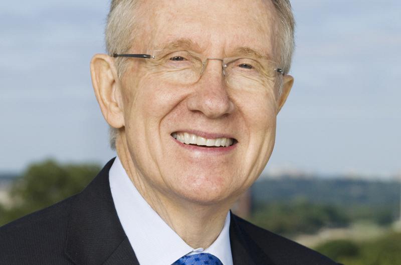 Comisionados consideran el nombre de Harry Reid para aeropuerto de LV