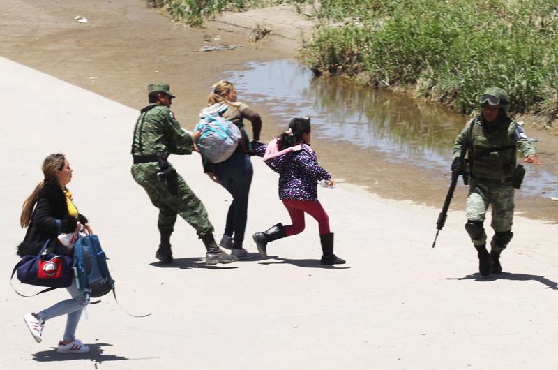 Cae migración centroamericana sin documentos a Estados Unidos