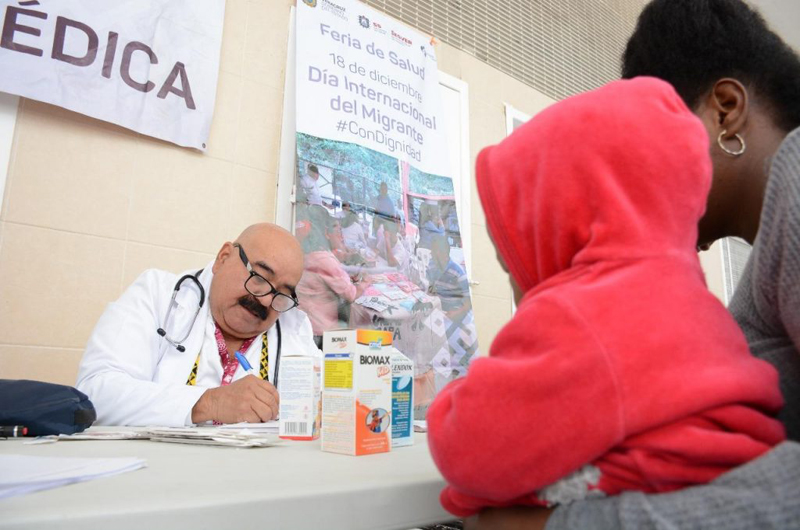Instalan módulos de atención médica en Migración de Veracruz