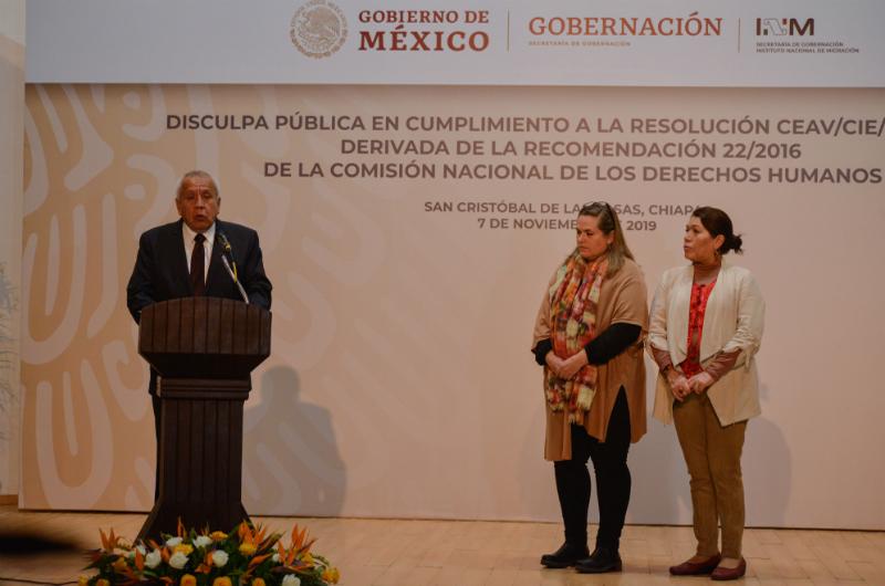 Migración ofrece disculpa a indígenas por confusión en documentos