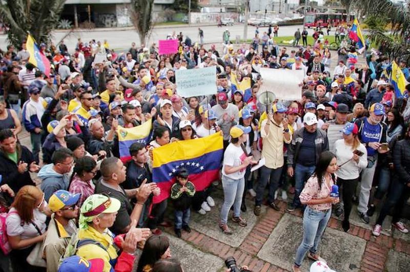 Colombia pide ayuda a Unión Europea para migrantes venezolanos