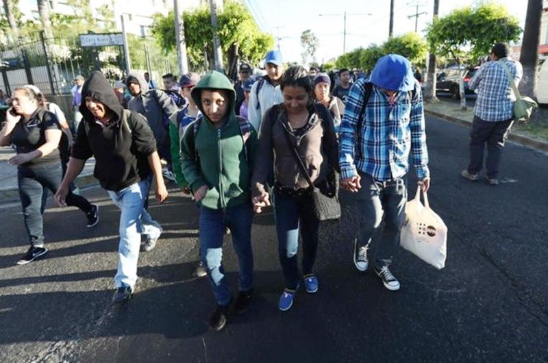 Menor salvadoreño viaja para ingresar y trabajar en EUA