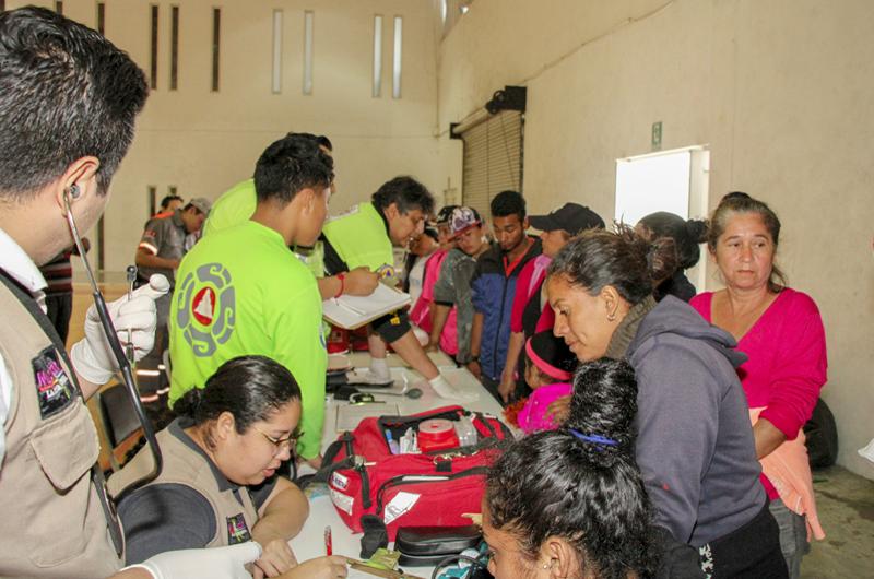 Brindan en Nuevo León apoyo humanitario a 51 migrantes centroamericanos