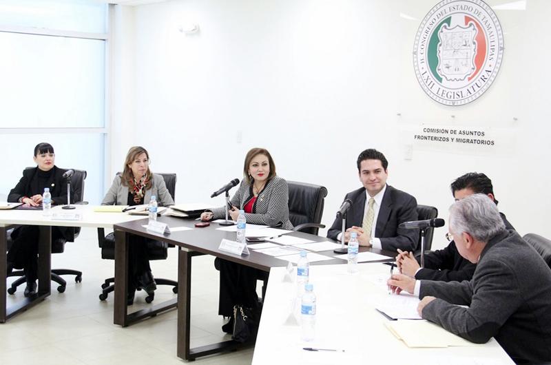 Expone Migración a diputados acciones frente a coronavirus