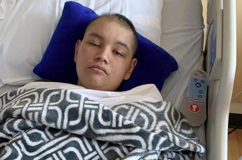 Menor estadounidense con cáncer ruega permiso humanitario a padres mexicanos