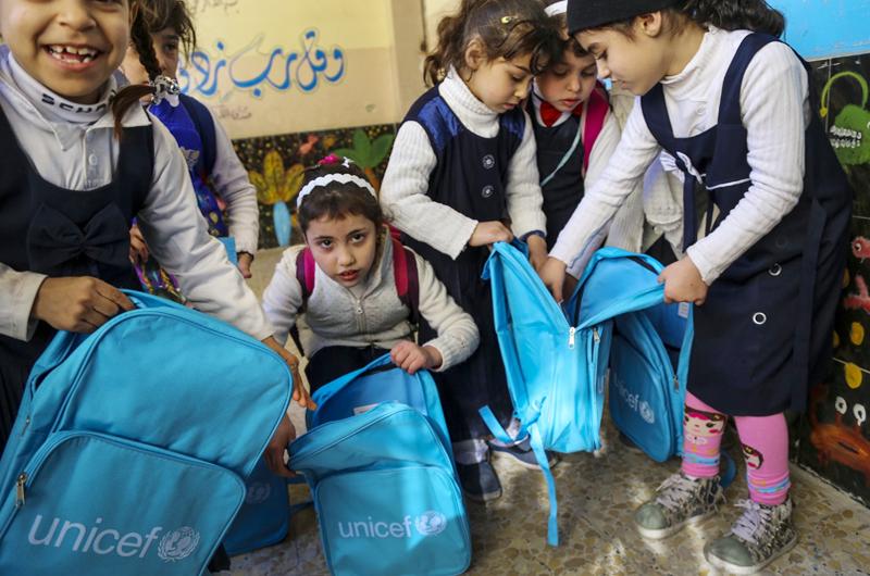 Urgen a Europa a garantizar educación a niños migrantes