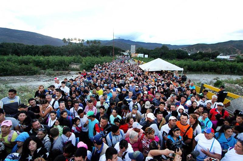 Misión de la CIDH escucha a venezolanos en frontera con Colombia