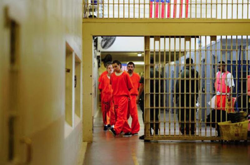 Liberan más de mil prisioneros en Nueva Jersey para combatir COVID-19