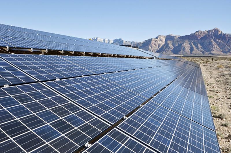 """Sisolak: """"Queremos contar con más empleos e invertir en energía limpia"""""""