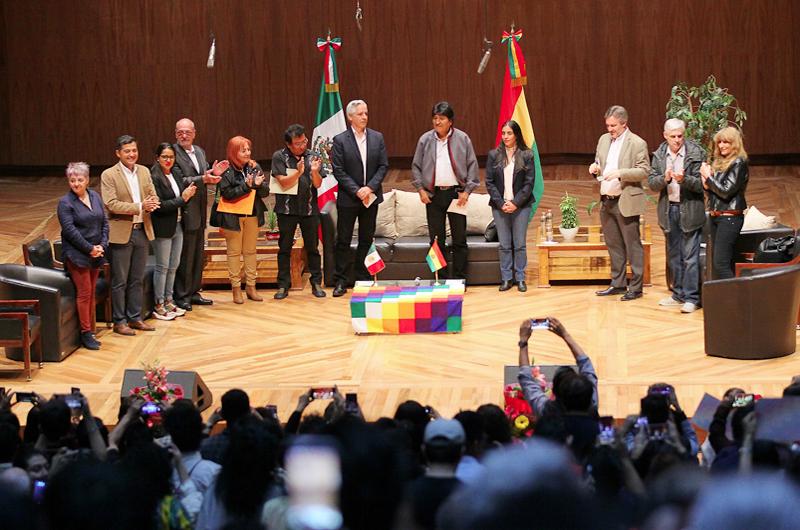 No nos perdonan nuestras políticas económicas: Evo Morales
