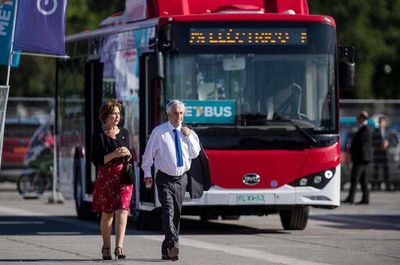 Ponen en funcionamiento 100 autobuses eléctricos en Chile