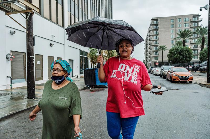 El huracán Ida golpea con fuerza la costa de EE.UU. y amenaza Nueva Orleans