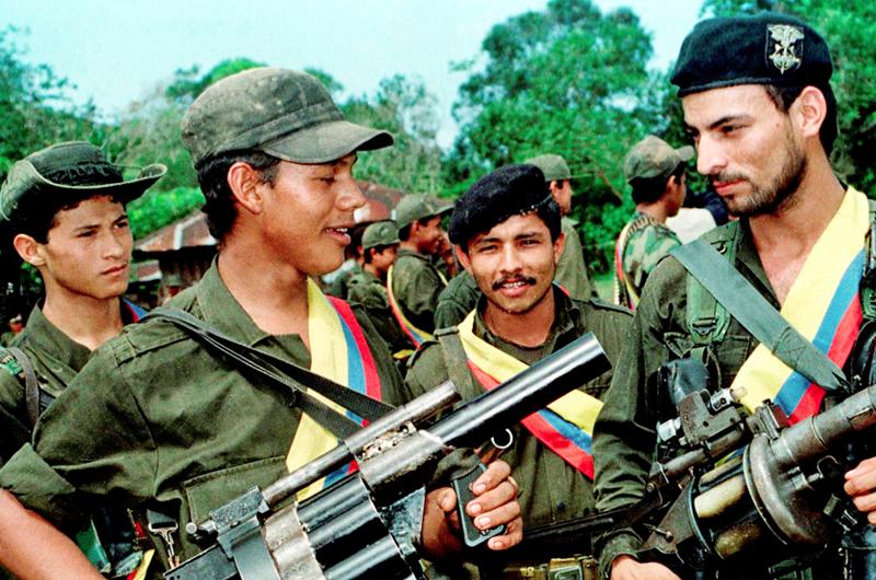 Disidencia de las FARC buscará alianza con guerrilla del ELN: Santrich