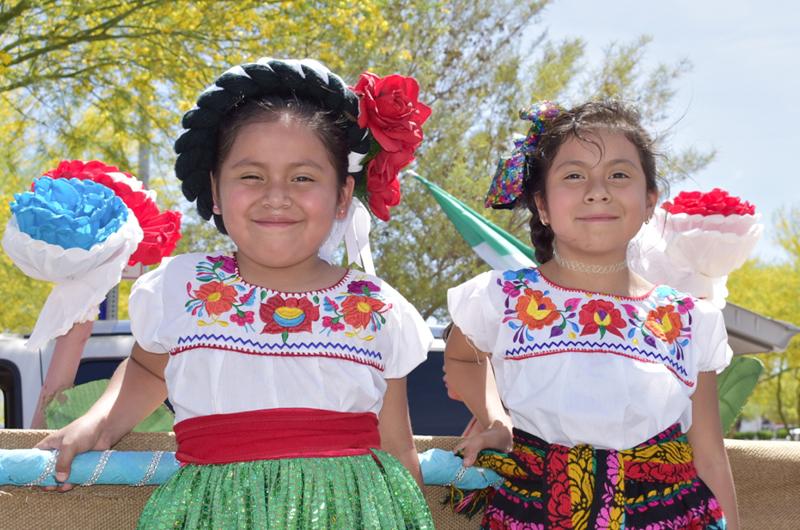 'Mes de la Herencia Inmigrante' Merecido reconocimiento a las familias hispanas