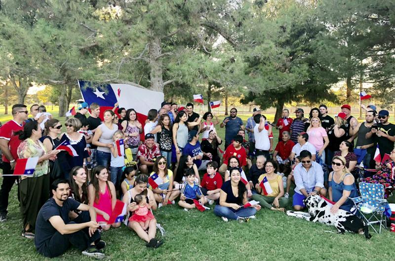 Chilenos de Las Vegas vencen obstáculos y quieren llegar más lejos