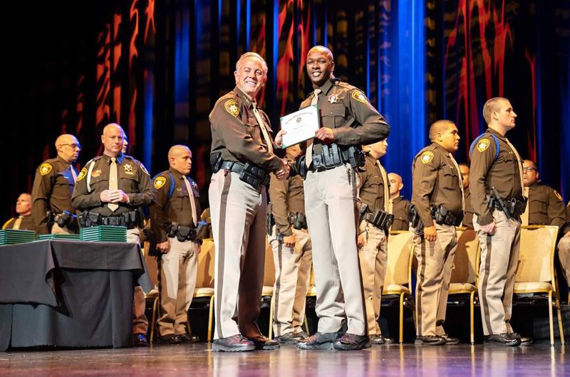 Hay nuevos oficiales en LVMPD para servir a la comunidad