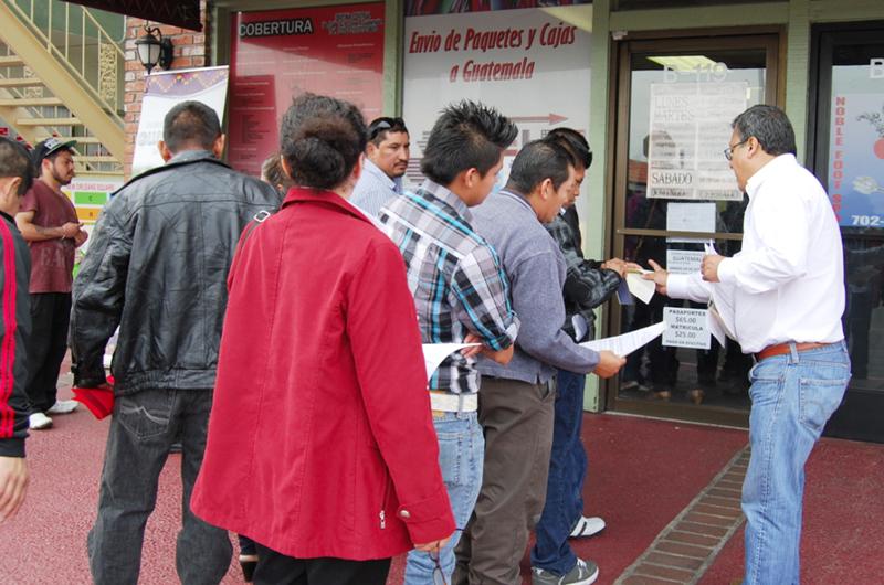 Presenta Guatemala record en dinero recibido por remesas familiares