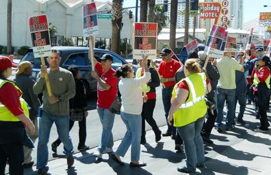 Anuncian Culinaria y Cantineros huelga en hoteles del centro