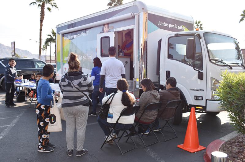 Consulados de México y El Salvador juntan fuerzas y brindan servicios de salud gratis