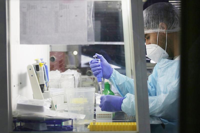 Chile registra menos de 2.000 contagios diarios por primera vez desde 2020