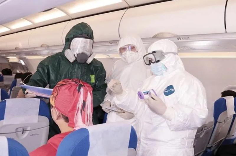 Sin riesgo que mexicanos puedan llevar el Covid-19 a otros países: Salud